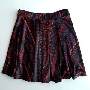 Hollister Floral Patterned Circle Skirt; Size: XS